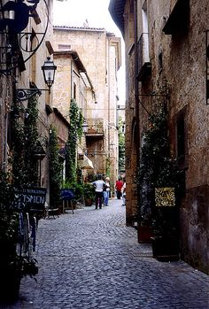 Down these streets are little cafés and stores - Orvieto, Italy