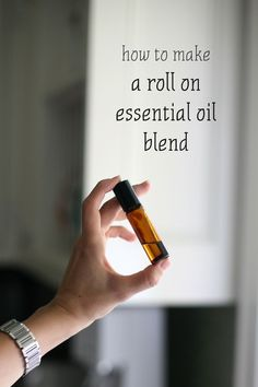 Tutorial and Recipes on how to make a Roll On Essential Oil Blend! //my.life.at.playtime.