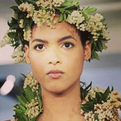 Oscar de la Renta floral headpiece and neckwear, spring 2015 collection. Photo: Elizabeth Lippman/The New York Times.