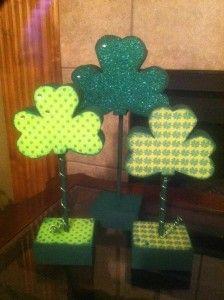 St. Patricks Day Wood Crafts {Crafty Wood Cutouts}