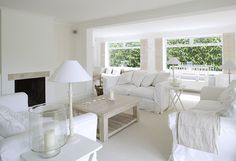 love this white room -