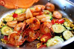 light meals, end of summer, summer stirfri, birthdays, cooking, pioneer women, shrimp recipes, shrimp corn tomatoes basil, pioneer woman summer stir fry