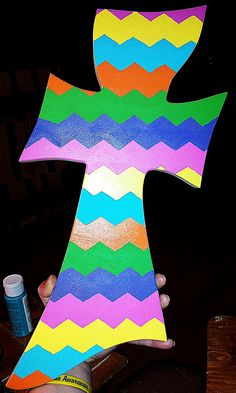 Chevron print gumby cross by Kelly Trammell with Presleys Pretties  For more ideas visit: https://www.facebook.com/woodcraftpatterns