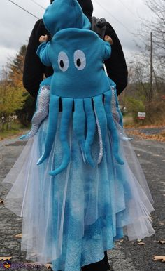 Octopus Swimming in the Ocean DIY Costume - Halloween Costume Contest