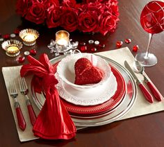 Dress up your table for a romantic dinner holiday, decor, table settings, red, valentine day, place set, places, tablescap, tabl set