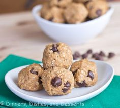 peanut butter/protein balls 1 C Peanut butter 1 C instant oatmeal 1 C protein powder (I actually use 3/4 C p.p. + 1/4 C ground flax seed) 1/4 C honey handful of mini chocolate chips mix and roll into balls