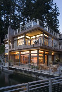 The Cliff House by Scott Allen Architecture