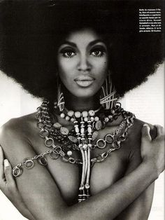 Naomi Campbell giving black power realness.