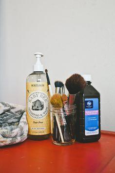 easy makeup brush cleaner diy