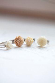 Cream Flower Ring