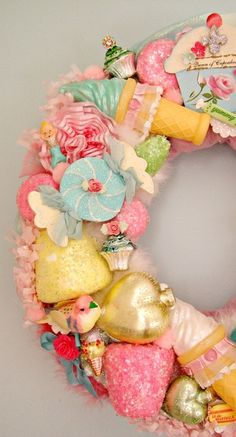 kitchy wreath christmas wreaths, holiday wreaths, diy christmas kitchy, craft, pastel christmas, candi, ornament wreath, christmas ornaments, ice cream cones