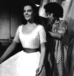 Maria (Natalie Wood) in the dress shop