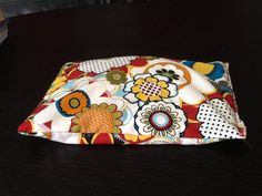 DIY Rice Heating pad, very very easy to make, and nice & comforting :). Just pop in the microwave and relax!   Tutorial from bevcooks.com