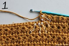 Stern-Stich - This is the 'sun burst stitch' also known as daisy stitch and star stitch.......