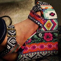 Tribal pattern wedges... wow!