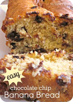 Easy Chocolate Chip Banana Bread Recipe. Only 4 ingredients! So easy, you don't even need to use measuring cups! #easyrecipes #bananabread #breakfast