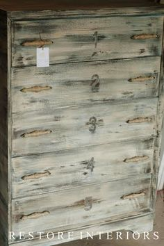 love this shabby dresser