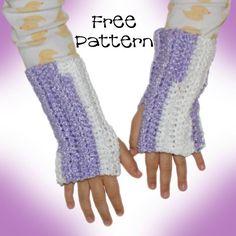 Free Crocheting Pattern: Twist Child's Arm Warmer