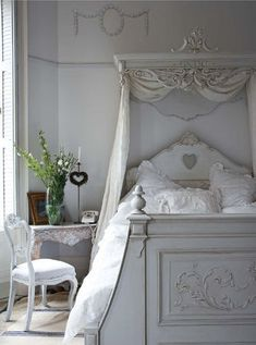 So cute for a little girl's bedroom