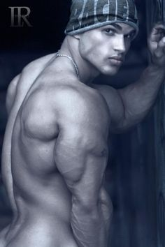 Raciel Castro: A Dream Of Man. Hot Muscle