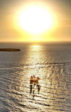 sailing, greek sunris, aegean sea, greece, gorgeous gold, boat, gold illus, greek archipelago, santorini