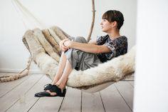 A fur hammock!