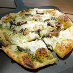 Roasted mushrooms, Fontina cheese and pesto flatbread
