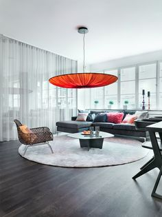 79 Ideas: Original Apartment with Colorful Details // Оригинален апартамент с цветни акценти