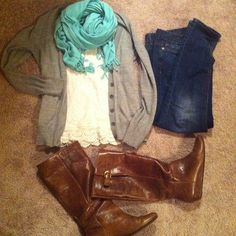 Comfy weekend outfit -- lace tank, mint scarf, grey cardigan, skinnies, Steve Madden Intyce Boots