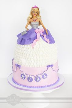 I like idea of necklace with name! Barbie Doll Cake