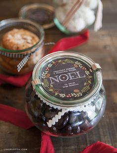 {Free Download: Round DIY Food Gift Labels} *Love