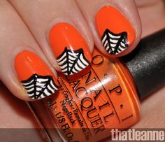 Vintage Halloween style nails.