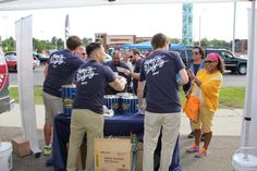 Sharing complimentary Bags of #GarrettPopcorn at the Woodward Dream Cruise!