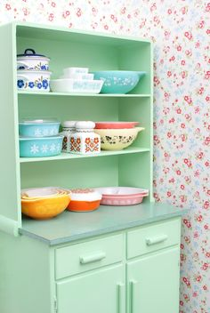 cupboard, mint green, color, dream, vintage pyrex, vintag pyrex, vintage kitchen, bowls, kitchen cabinets