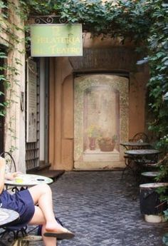 5 Secret Attractions in Rome, Gelateria del Teatro (Above)