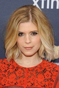 Kate Mara's brushed-out waves.