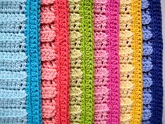 color border, easy crochet border, granni squar, granny squares, easi flower, dish cloth, crochet dishcloths, flowers, guest bathrooms
