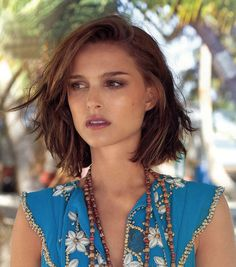 Natalie Portman - love this hairstyle, but I'd think you'd have to have her face structure and neck for it to look this cute!