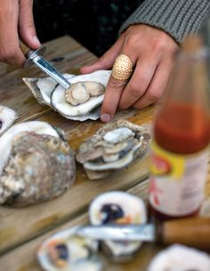 Southern Style: A Lowcounty Oyster Roast | Garden and Gun
