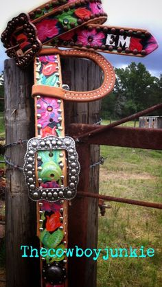 Custom Belt and Headstall from Thecowboyjunkie.com Zoey and I could rock this :)