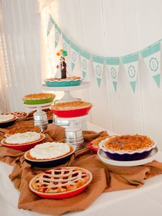 pie table  |  nichanh nicole photography