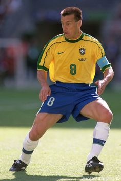 Dunga, ex jogador e técnico de futebol brasileiro #voltadunga