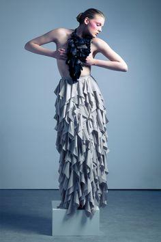 Past/el blu editorial for Inspirer magazine. Styling Alessia Caliendo, neckpiece Giulia Boccafogli