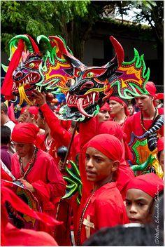 La tradición venezolana de los Diablos Danzantes de Corpus Christi (Yare), declarada Patrimonio Cultural Inmaterial de la Humanidad por la Unesco. #Venezuela