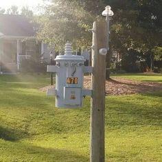 ...pretty special lineman's mailbox.....