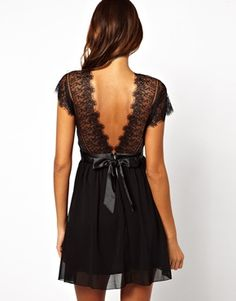 Elise Ryan Lace Skater Dress with Scallop Back