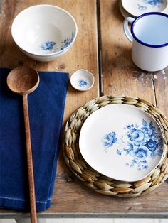 lovely blue dishes