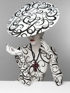 http://www.patriziodirenzo.com/ di renzo, serge lutens, art, white, poison, beauty, portrait, black, hat