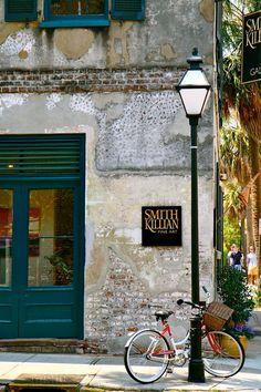 Charleston art gallery.
