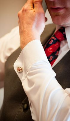 Baseball Cufflinks make an excellent groomsman gift for your wedding party.  Get yours today at SportsThemedWeddings.com!